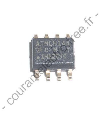AT24C512C-SSHM