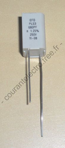Capacitor polystyrene